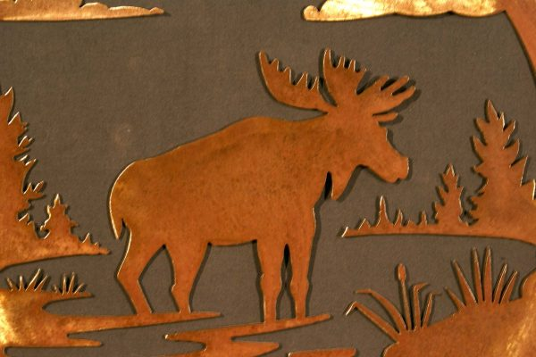 """Moose 24"""" Round Wall Plaque"""